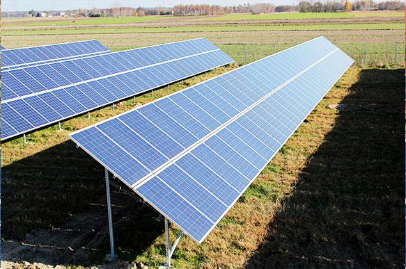 Największa elektrownia fotowoltaiczna ELBUD Bełchatów o mocy 5 MW